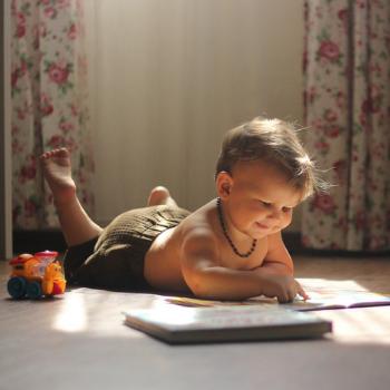 Причины плохо письма, счёта и прочих трудностей идут из раннего возраста. Как это получается